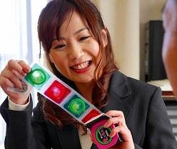 【加納綾子】 大人のおもちゃを訪問販売するセールスレディ、エッチな実演販売 【tube8】
