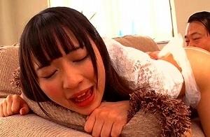 【心花ゆら】 19歳の激カワ美女が中年オヤジとディープキス性交 【tube8】