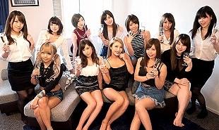 チンポ好きな女たち12人の性欲爆発、テンションアゲアゲで乱交!! 【tube8】