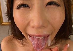 【篠田あゆみ】 淫乱熟女の卑猥な淫語責めとスペルマ 【sharevideos】