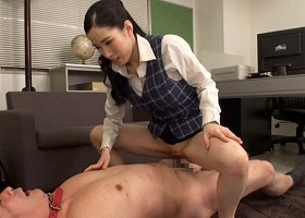 【二宮和香】 ドSの巨乳痴女OLが中年オヤジのチンポに跨り精子を搾り取る騎乗位 【tube8】