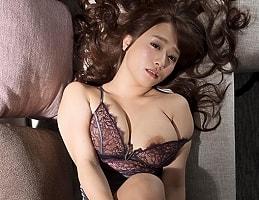 【白石茉莉奈】 バツイチ男女のネットリと生々しく絡み合う濃密セックス 【tube8】
