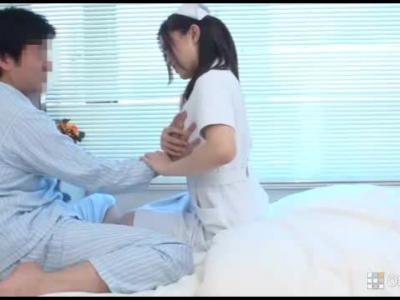 男性患者の溜まったザーメンをスッキリ射精させてくれるエッチな献身的ナースたち