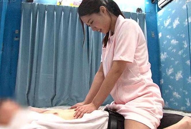 マジックミラー号 白衣の天使を目指す看護学生に「新社会人男子の身体の悩みを聞いてくれませんか」童貞筆おろし||