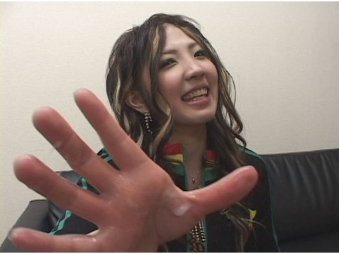 大阪のレゲエガール、ミサ19歳