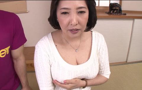 人妻220 三次京子 50歳①浮気セックスにドハマりした五十路不倫妻!だらしないムチムチ淫乱巨...