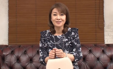 石田ゆり子(45)←いやいやいやwwwww