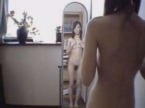 洋!SHEMALE オナニ-から鏡に顔射?大量射精!(無修正)