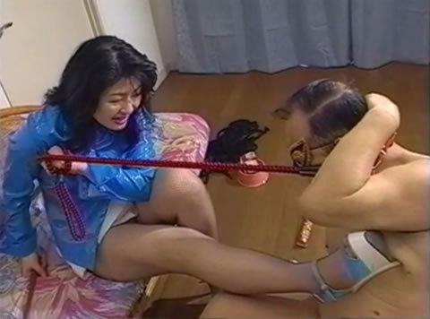 アダルト動画:桐野女王様  凌辱犬志願