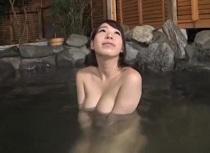 (オネエさん・モデル)美巨乳の姉、香山美桜出演のムービー。香山美桜 混浴で時間を止めて美巨乳オネエさんをハメ放題