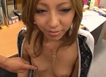 【ギャル】ビキニのギャルのハメ撮り動画。ギャルにマイクロビキニを着させてオフィスでハメ撮り