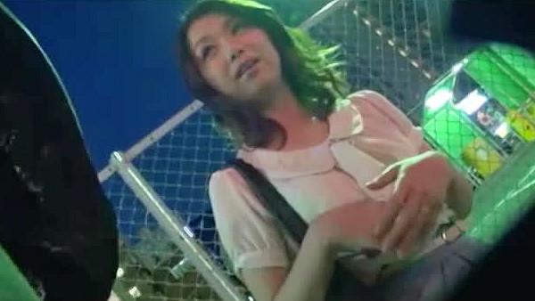 【中出し】人妻、加藤ツバキ出演のsex動画。人妻さんを食事に誘ったら意気投合したので中出しSEX!