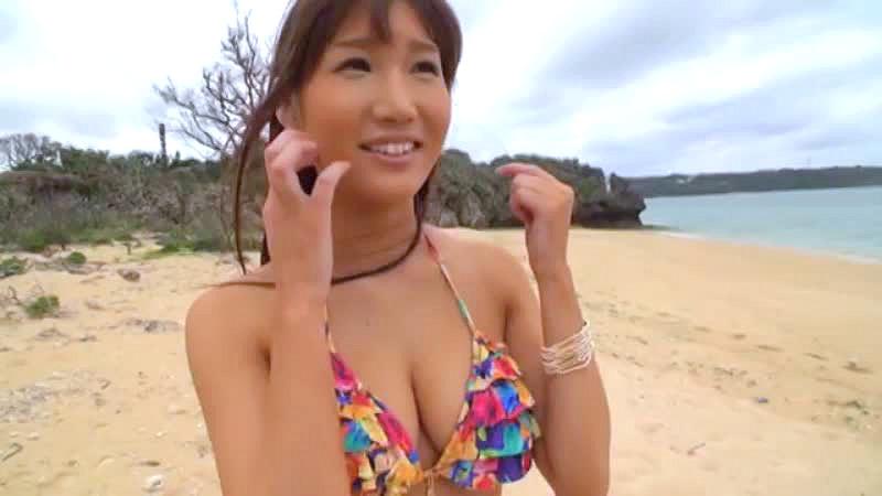(オネエさん・モデル)ビキニのモデルのハメドリムービー。下着の調査と偽りビーチにいたビキニモデルに声を掛けてハメドリ☆