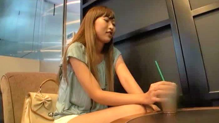 【ギャル】女の子の動画。カワイイ女の子限定の仕事とギャルに声を掛けて巧みなトークでAV撮影に持ち込む!
