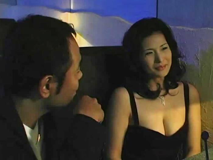 【お姉さん・美人】美人のsex動画。高級クラブの妖艶な美人ママさんとホテルで濃厚SEX!