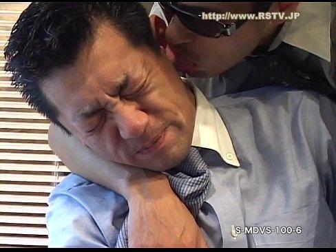 [ゲイ動画] 真面目そうなノンケ親父がなぜ?イヤそうにフェラチオするおじさんにガチホモチンポをブチ込む!