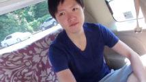 【ゲイ動画】お金の為にゲイビデオに出演したノンケイケメンが車内でドロドロ精子を大量発射!