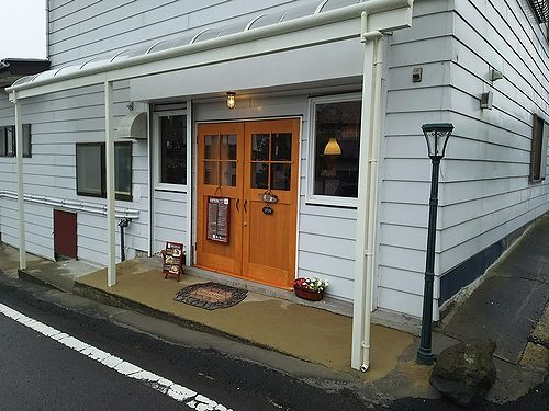 草津温泉カフェ花栞(はなしおり)街灯設置4