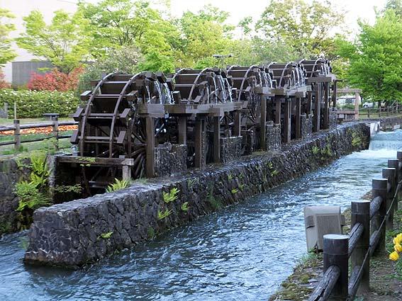 五連揚水水車