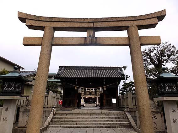 岡山神社鳥居