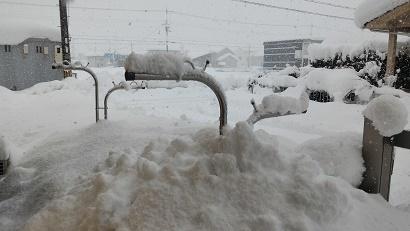 0124雪と物干しざお