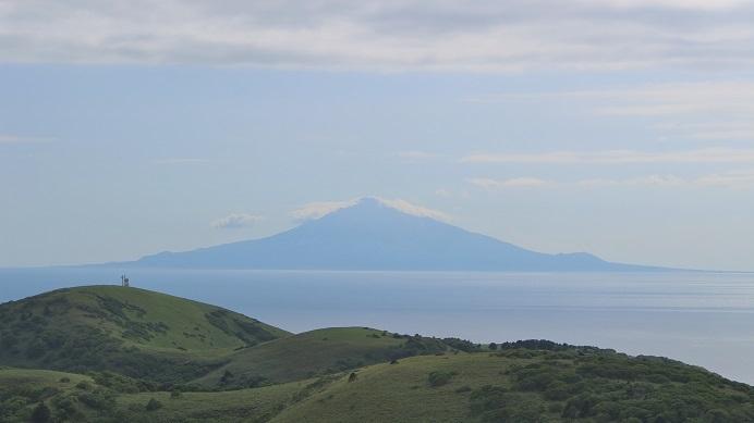 稚内公園から見た利尻山