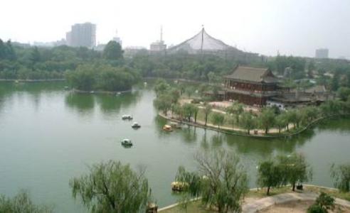 興慶宮 龍池