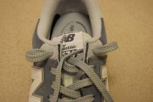 ニューバランスのスニーカーの靴紐の結び方8