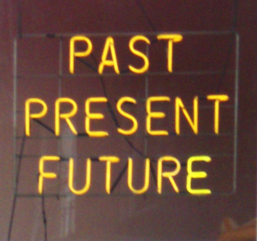 未来23915752142_72b2c346e4_b