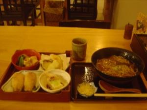 御嶽蕎麦定食