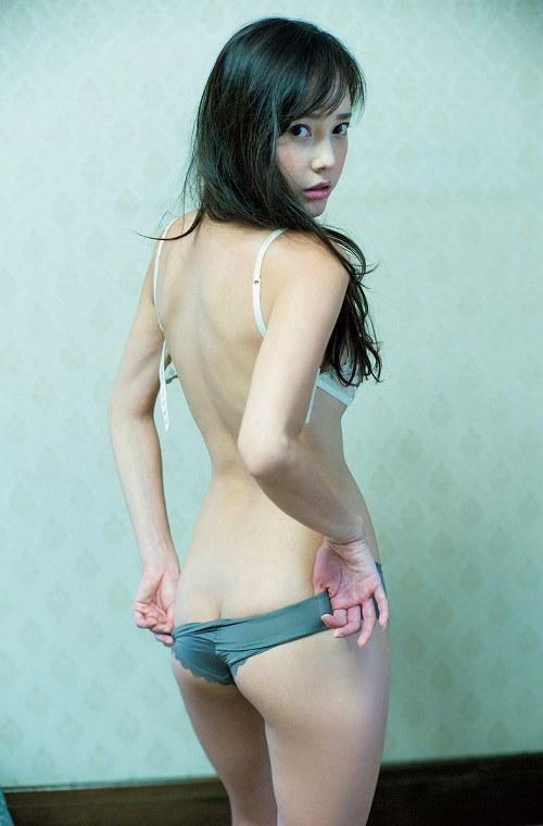 伊藤ゆみ巨乳おっぱい画像b13