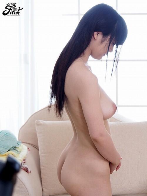 雛菊つばさ巨乳おっぱい画像b01