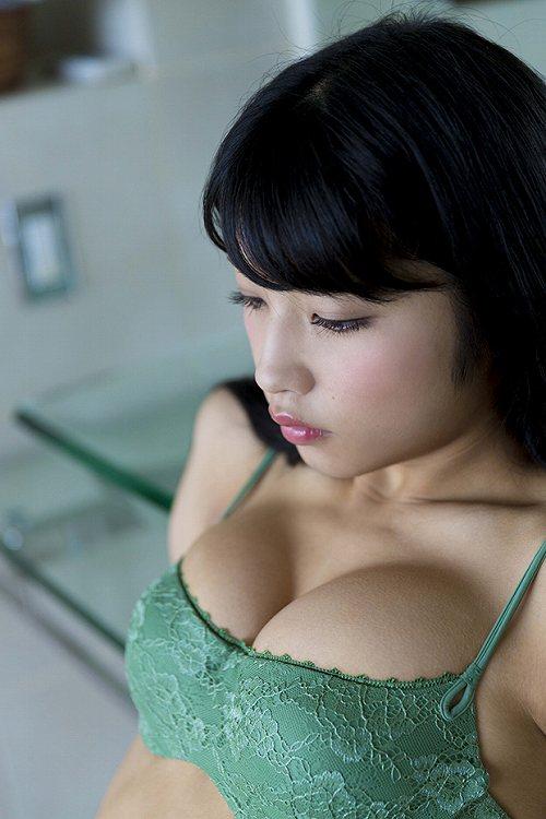 永井里菜グラビア画像b26