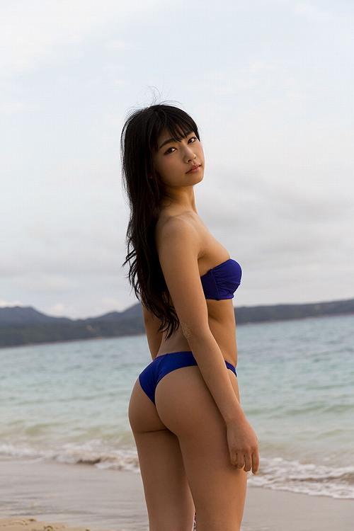 永井里菜グラビア画像b27