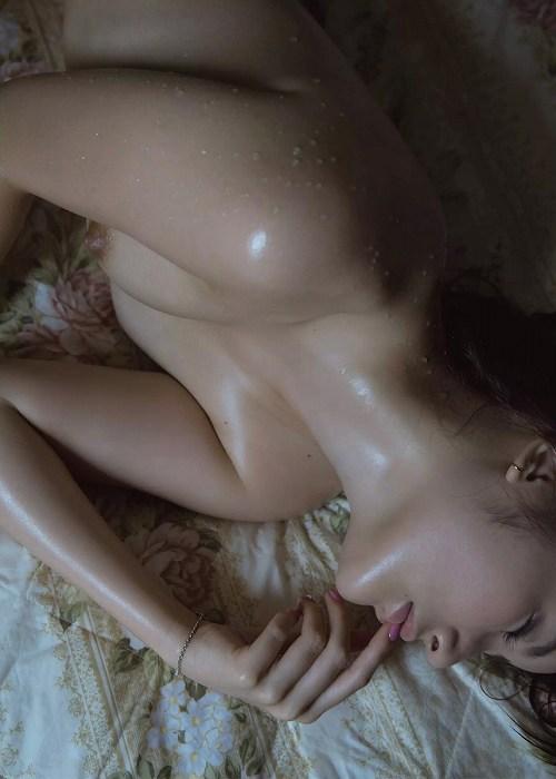 璃子ヌード画像b03