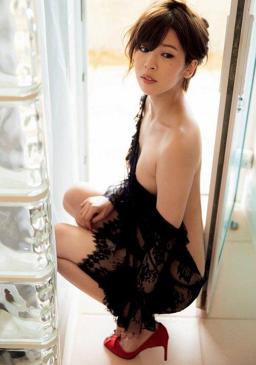 ANRI(坂口杏里)ヌード画像b02