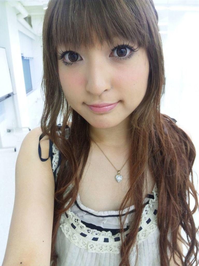神田沙也加 ダサ夫には勿体無いオタ女子との結婚は楽しすぎそうなおっぱい画像