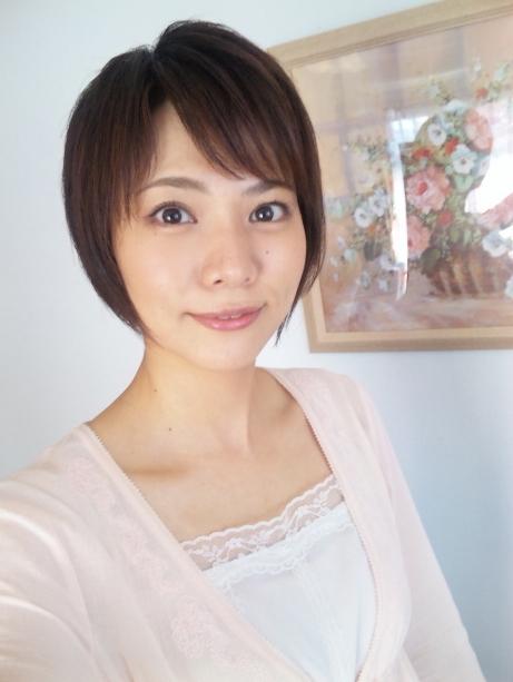 村井美樹 ショートカットの知的人妻美人がムラムラさせてくれるおっぱい画像