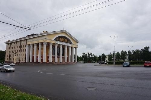 ペトロザウォーツク (10)