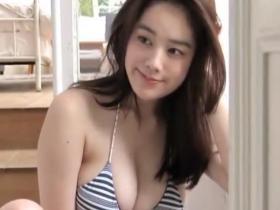 (お宝)筧美和子 こんなにカワイいのにロケット乳しか目に入らない^^
