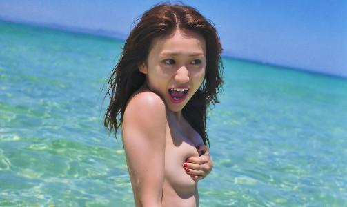 AKB大島優子のお乳からチクビが見えた☆すげえ「パンツ丸見えもたっぷりにあるぞ」(写真86枚)