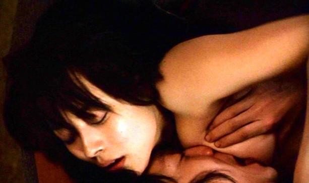 早良めぐみ(女優濡れ場)映画「ゲルマニウムの夜」で美巨乳丸出し裸濡れ場SEXシーンを披露。(※ムービーあり)