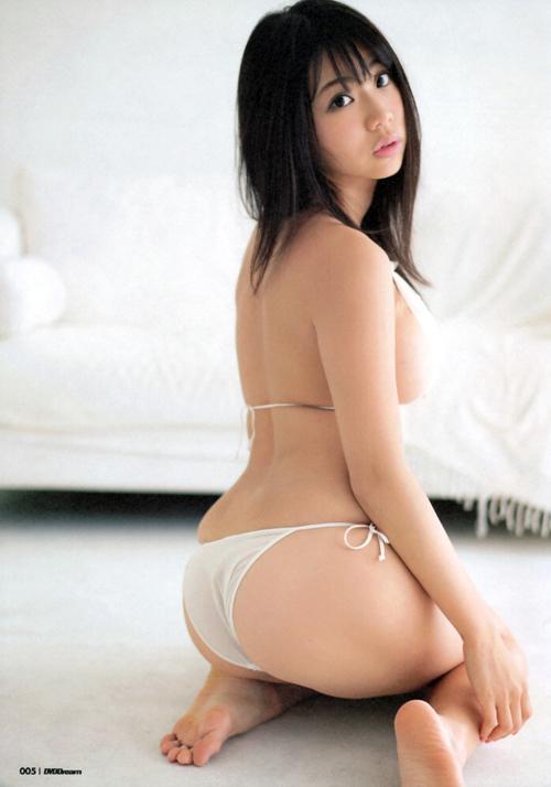 鈴木ふみ奈のおっぱいを搾りたい15