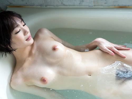 お風呂でおっぱいと浸かりたいね
