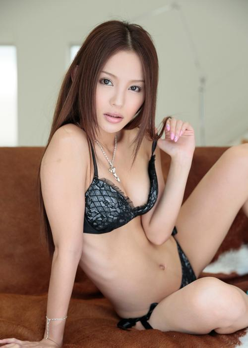 【No.32809】 誘惑 / 丘咲エミリ