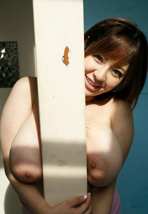 【画像】巨乳の女とセックスしたら貧乳じゃ満足できなくなるよな・・・?w