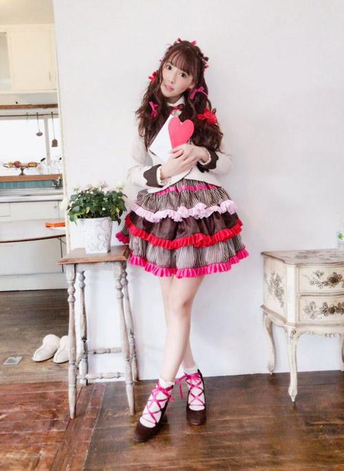アイドルAV女優【三上悠亜】チョコレイト・ディスコ 踊ってみた?作ってみた!♪Youtube動画が激可愛い!