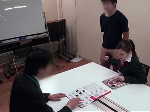 応募された羞恥企画にSOD女子社員が挑戦!仕事しながら手コキをしよう!