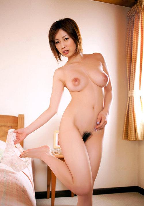 奥田咲のHカップ美巨乳おっぱい10