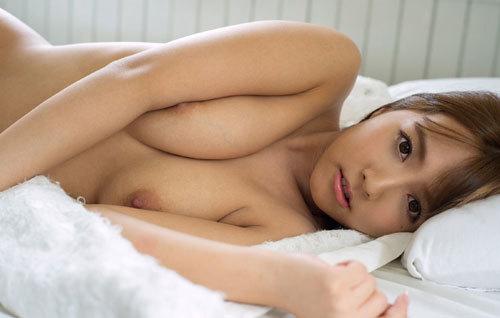 三上悠亜のFカップ美巨乳おっぱい19